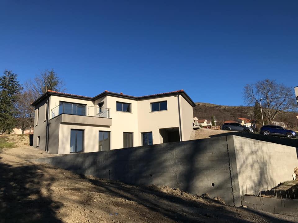 Maison Cournon d'Auvergne 63800